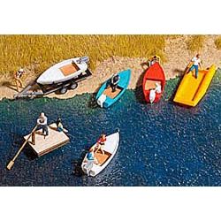 Assortiment de barques et canots
